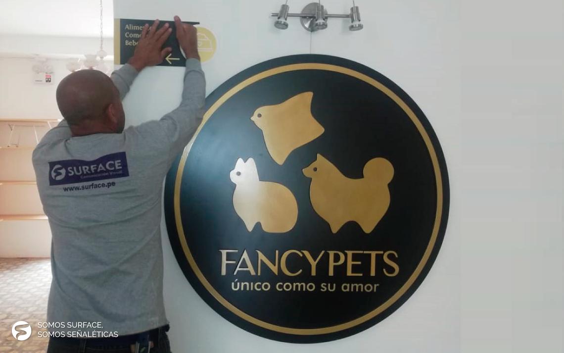 Obra con Fancy Pets
